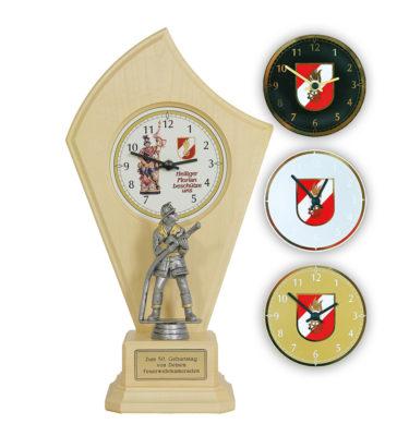 Uhr mit FF-Mann Feuerwehrgeschenk Drechslerei Wascher